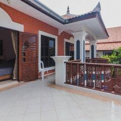 Отель Baan Kanittha - 6 Bedrooms GT Pool Villa балкон