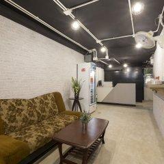 Fun Hostel Phuket Patong - Adults Only интерьер отеля фото 3