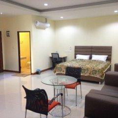 Отель Friend's House Resort комната для гостей