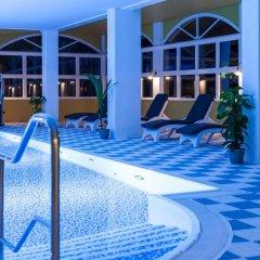 Отель Ferienpark Markgrafenheide Германия, Росток - отзывы, цены и фото номеров - забронировать отель Ferienpark Markgrafenheide онлайн бассейн