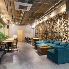 THE LIFE hostel & bar lounge Хаката интерьер отеля