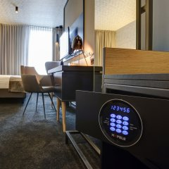 Boutique Hotel 125 Гамбург сейф в номере
