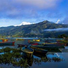 Отель Aroma Tourist Hostel Непал, Покхара - отзывы, цены и фото номеров - забронировать отель Aroma Tourist Hostel онлайн бассейн
