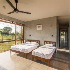 Отель Tree Tops Yala комната для гостей