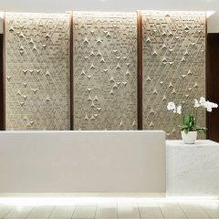 Отель AC Hotel by Marriott Beverly Hills США, Лос-Анджелес - отзывы, цены и фото номеров - забронировать отель AC Hotel by Marriott Beverly Hills онлайн ванная