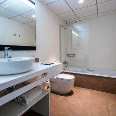 Отель Golden Donaire Beach ванная фото 2