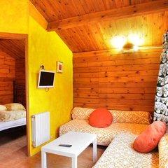 Отель Fuente del Lobo Bungalows - Adults Only комната для гостей