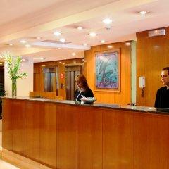 Отель NH Barcelona Eixample Испания, Барселона - отзывы, цены и фото номеров - забронировать отель NH Barcelona Eixample онлайн интерьер отеля
