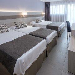 Отель 4R Salou Park Resort I сейф в номере
