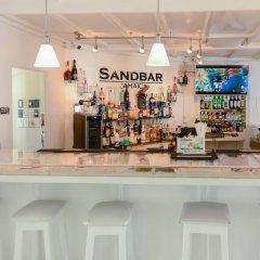 Отель SandCastles Deluxe Beach Resort гостиничный бар