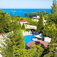 Отель Briz 2 Hotel Болгария, Варна - отзывы, цены и фото номеров - забронировать отель Briz 2 Hotel онлайн бассейн фото 2