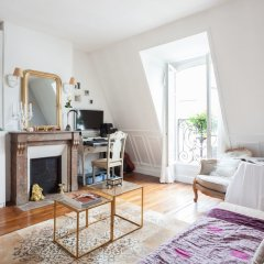 Отель onefinestay - Trocadéro private homes развлечения
