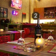 New Life Phuket Design Hotel гостиничный бар