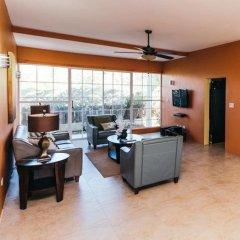 Отель Emerson Paradise Villas Ямайка, Монастырь - отзывы, цены и фото номеров - забронировать отель Emerson Paradise Villas онлайн интерьер отеля