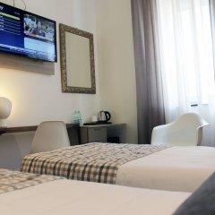 Hotel Bernina сейф в номере