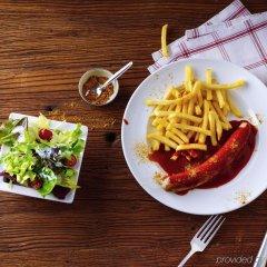Отель ibis Köln Messe Германия, Кёльн - отзывы, цены и фото номеров - забронировать отель ibis Köln Messe онлайн питание фото 2