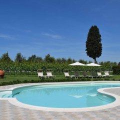 Отель Borgo San Giusto Эмполи бассейн