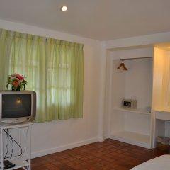 Отель The Kata Resort удобства в номере