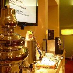 Отель SHS Hotel Papageno Австрия, Вена - 8 отзывов об отеле, цены и фото номеров - забронировать отель SHS Hotel Papageno онлайн питание фото 2