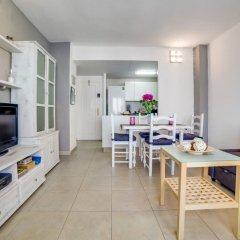 Отель Apartamento Vivalidays Eva Испания, Бланес - отзывы, цены и фото номеров - забронировать отель Apartamento Vivalidays Eva онлайн комната для гостей фото 3