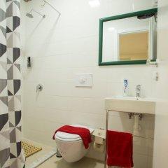 Отель Artistic Tirana ванная