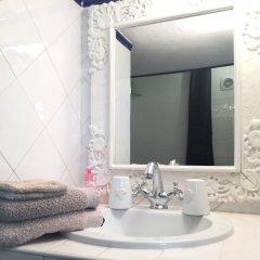 Отель MHL - Maison Hotel Lyon Франция, Лион - отзывы, цены и фото номеров - забронировать отель MHL - Maison Hotel Lyon онлайн ванная