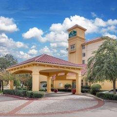 Отель La Quinta Inn & Suites Dallas North Central развлечения