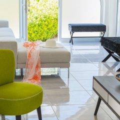 Отель Protaras Villa Delphini интерьер отеля