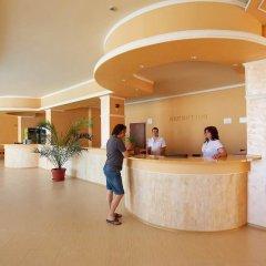 Отель Sea Complex Relax& Spa- All Inclusive Болгария, Поморие - отзывы, цены и фото номеров - забронировать отель Sea Complex Relax& Spa- All Inclusive онлайн интерьер отеля фото 2
