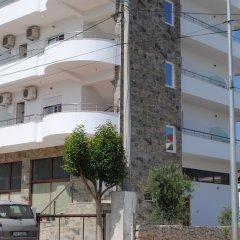 Отель Visi Apartments Албания, Ксамил - отзывы, цены и фото номеров - забронировать отель Visi Apartments онлайн парковка