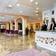 Отель Columbia Италия, Абано-Терме - отзывы, цены и фото номеров - забронировать отель Columbia онлайн интерьер отеля фото 3