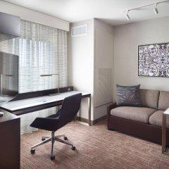 Отель Marriott Columbus University Area комната для гостей