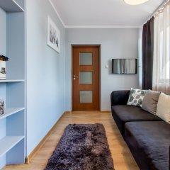 Отель ClickTheFlat Avenue Place Варшава комната для гостей