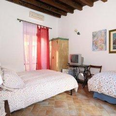 Отель Arco Ubriaco Агридженто сейф в номере