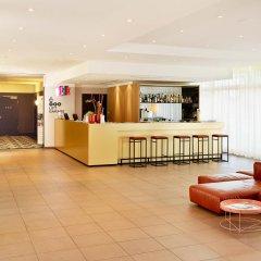Отель AZIMUT Hotel Munich Германия, Мюнхен - 10 отзывов об отеле, цены и фото номеров - забронировать отель AZIMUT Hotel Munich онлайн интерьер отеля фото 2