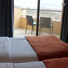 Отель Ramada Resort Dead Sea Иордания, Ма-Ин - 1 отзыв об отеле, цены и фото номеров - забронировать отель Ramada Resort Dead Sea онлайн комната для гостей фото 15