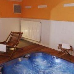 Отель Ea Manes Прага бассейн фото 3