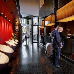 Отель Olivia Plaza Барселона развлечения