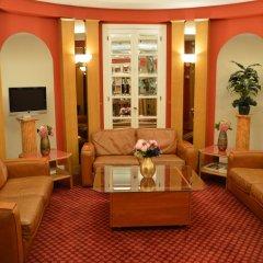 Отель Royal Elysées Франция, Париж - 3 отзыва об отеле, цены и фото номеров - забронировать отель Royal Elysées онлайн развлечения