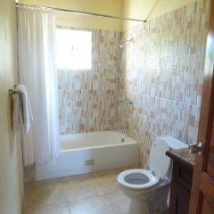 Отель Emerson Paradise Villas Ямайка, Монастырь - отзывы, цены и фото номеров - забронировать отель Emerson Paradise Villas онлайн ванная фото 2