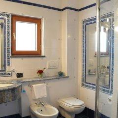Отель House Cielo blu Конка деи Марини ванная