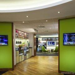 Отель Holiday Inn London-Bloomsbury Великобритания, Лондон - 1 отзыв об отеле, цены и фото номеров - забронировать отель Holiday Inn London-Bloomsbury онлайн интерьер отеля