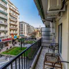 Отель Corona Deluxe Apt (Must) Греция, Салоники - отзывы, цены и фото номеров - забронировать отель Corona Deluxe Apt (Must) онлайн балкон