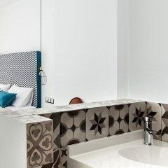 Отель Blue Bottle Boutique Hotel Греция, Салоники - отзывы, цены и фото номеров - забронировать отель Blue Bottle Boutique Hotel онлайн ванная фото 2
