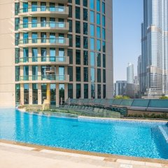 Отель Bravoway Burj Vista 1 in Downtown Dubai бассейн фото 2