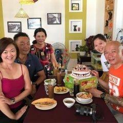 Отель Quynh Chau Homestay Вьетнам, Хойан - отзывы, цены и фото номеров - забронировать отель Quynh Chau Homestay онлайн питание фото 3