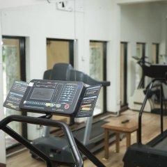 Отель Earl's Regency фитнесс-зал
