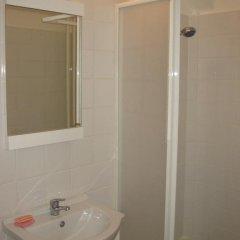 Отель Kokob Hostel Болгария, Пловдив - отзывы, цены и фото номеров - забронировать отель Kokob Hostel онлайн ванная