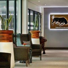 Legend Hotel Lagos Airport, Curio Collection by Hilton интерьер отеля фото 3