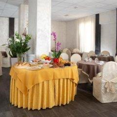 Отель Saxon Италия, Римини - 1 отзыв об отеле, цены и фото номеров - забронировать отель Saxon онлайн помещение для мероприятий